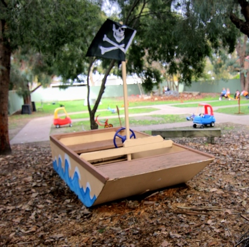 Birre kinder pirate ship